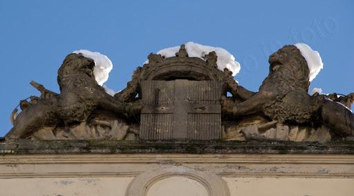 Foto leoni Palazzo della Prefettura Cuneo