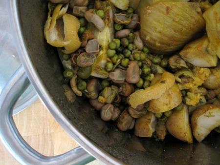 tajine in the pot