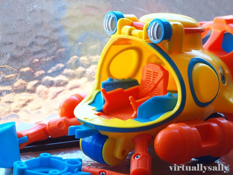 diego's submarine