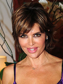 lisa-rinna-goes-under-lip-reduction-surgery