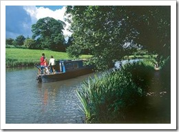 Canal Boat Hire Aldermaston Wharf