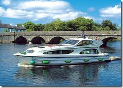 Different Boats to suite all Family and Groups