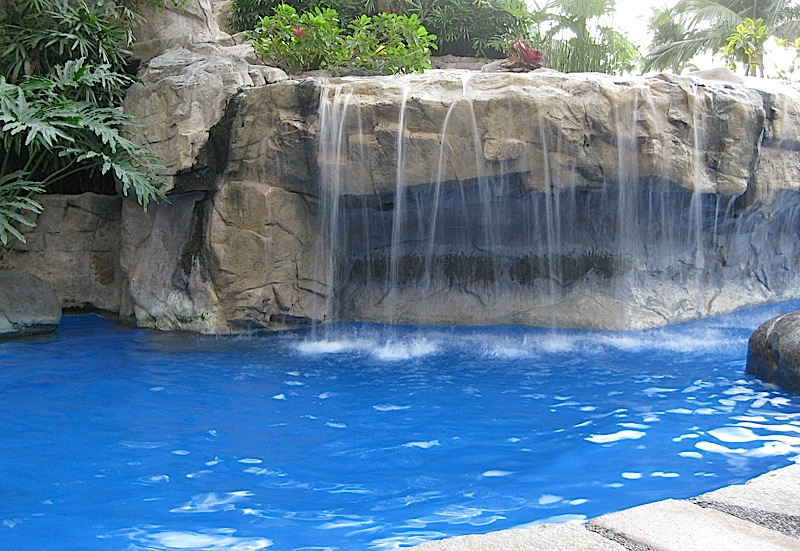 waterfall of Sofitel Manila's swimming pool