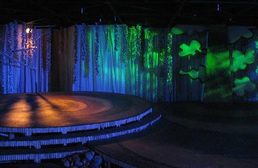 Gino Gonzales' stage design for Entablado's 'Ang Unang Baboy sa Langit'
