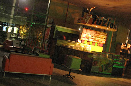 Fuzion Smoothie Café in Trinoma mall closed for the night