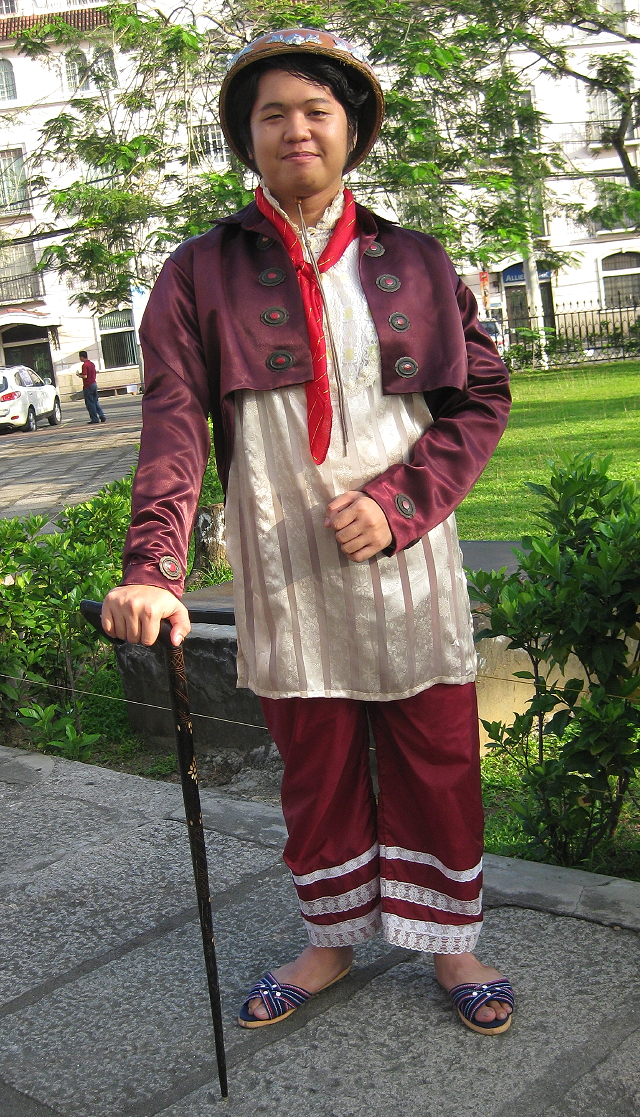 rich Chinese merchant in mid-19th century Manila