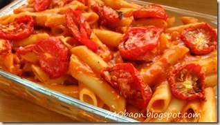 tomato penne pasta, by bitsandtreats