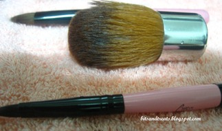 ellana kabuki brush after washing, by bitsandtreats