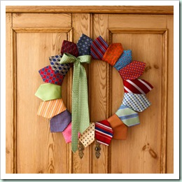 tie-wreath-fb