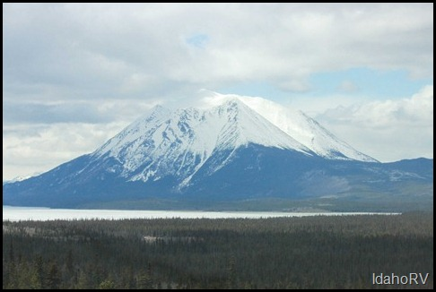 Driving-to-Atlin-2