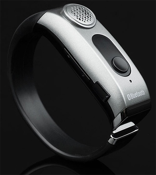 Adtec-Wrist-based-Bluetooth-Speakerphone