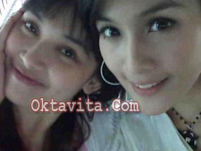 Sandra Dewi dan Kartika Dewi