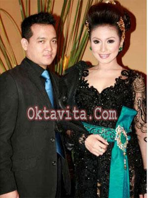 Kebaya Virnie Ismail