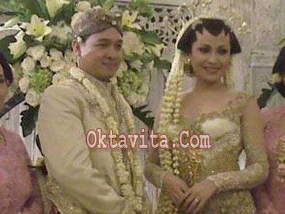 Pernikahan Virnie Ismail dan Ferry Indra Yudha