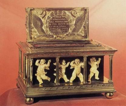 Maso_di_Bartolomeo,_Capsella_della_Sacra_Cintola_(1446-7).jpg
