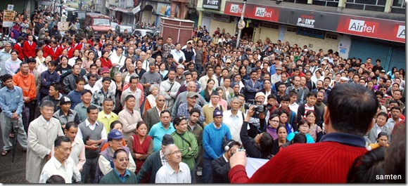 Gathered people at Kalimpong on peace rally called by Citizen's  Forum.