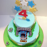 Thomas the Train Cake 045.JPG
