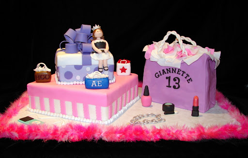 13 in Style Cake 3-13-10 002.jpg