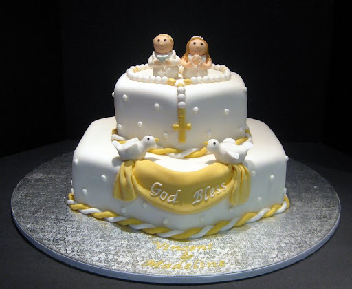Vinny's 1st Communion Cake 001.jpg
