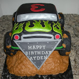 Moster Truck Cake 10-3-09 057.jpg