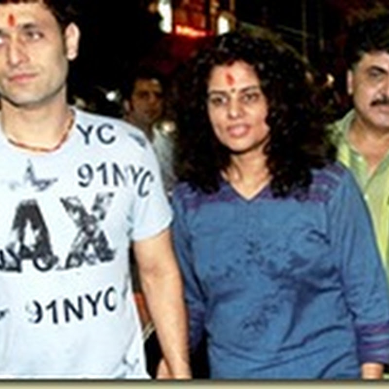 Shiney Ahuja offer prayers at temple