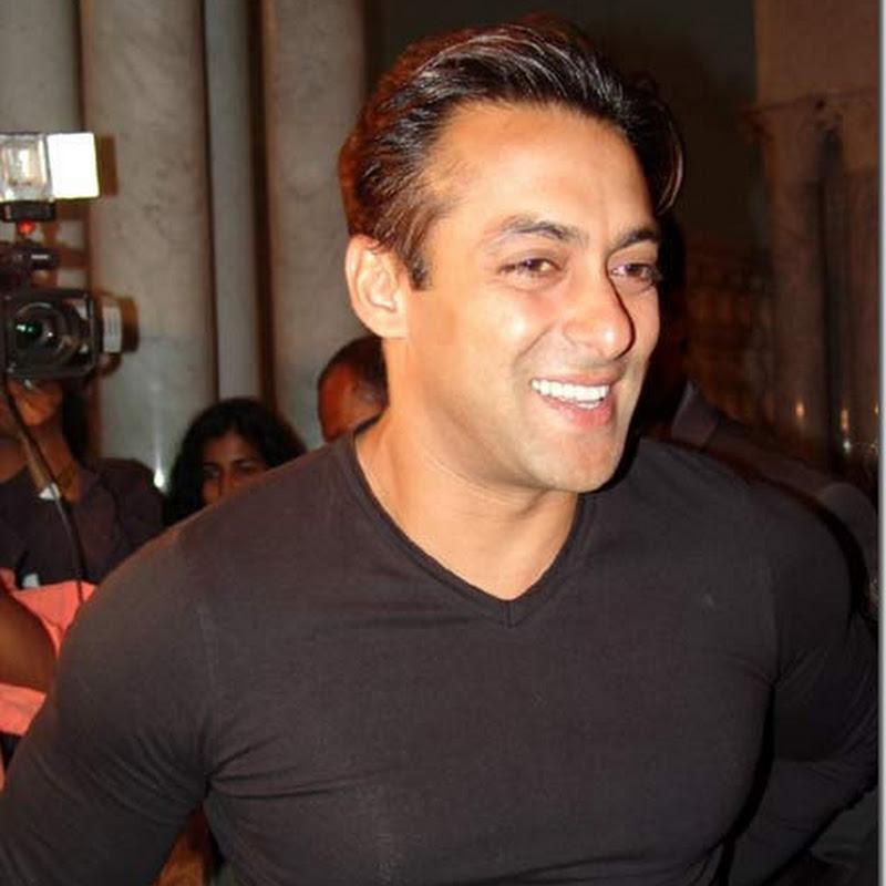 Salman Khan watches Aishwarya's Guzaarish