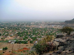 hilltop-view-over-bamako