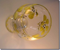 gliztnglass painted wine glass