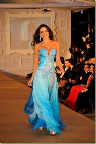 Kamilla no Miss Mundo Brasil, em agosto 2010