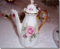 mini rose teapot