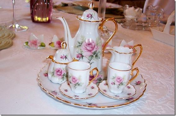Miniature pink rose tea set