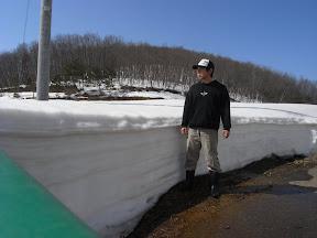 3月18日撮影 まだまだ雪がいっぱいの畑です