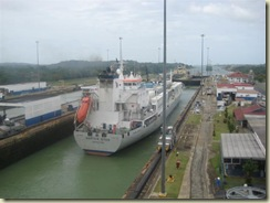 Gatun Locks heading North (Small)