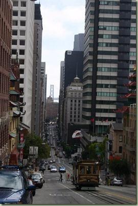 01 - In San Francisco kun je de cablecars niet missen