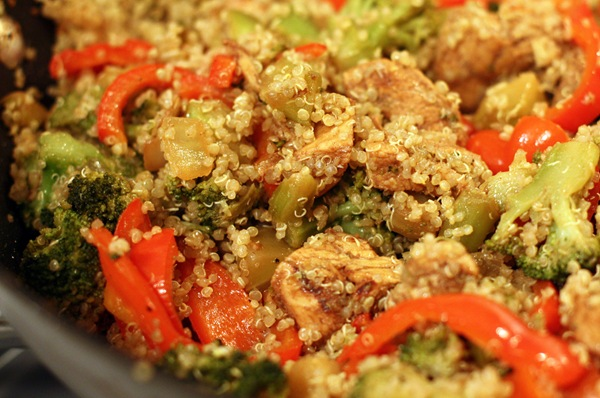 Sabby In Suburbia: Balsamic Chicken with Quinoa and Vegetables