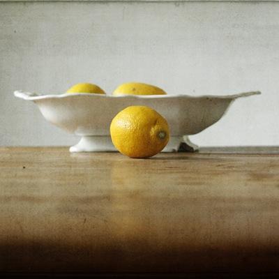 Lemmons in a bowl twee