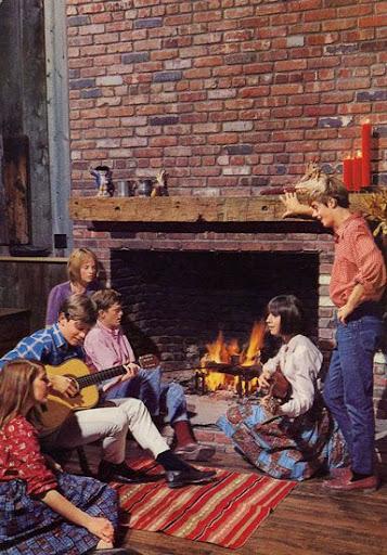 Cartes Postales Pop et  Kitsch des années 50, 70 et 70 Group activities / Activités de groupe
