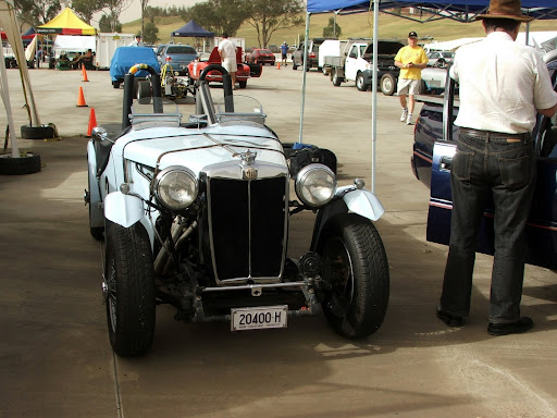 Picture of exotic MG TC, vintage model MG TC, classic roadster MG TC