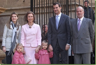 princess letizia prince Felipe leonor and Sofia Easter mass