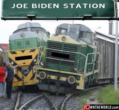 joe  biden flushing toilet