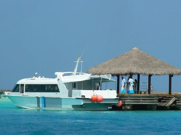 Cazare Maldive: Velassaru transfer de la aerport