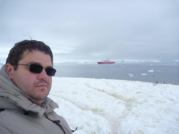 Imagini Antarctica: spre vas.JPG
