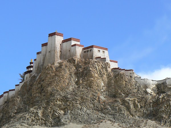 Obiective turistice Tibet: dzong Gyantse