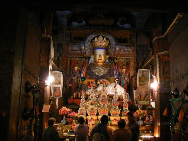 Obiective turistice Tibet: Buddha Sakyamuni Gyantse