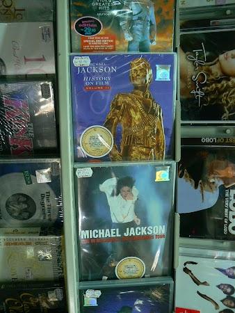 Imagini Malaezia: Michael Jackson la Bucuresti