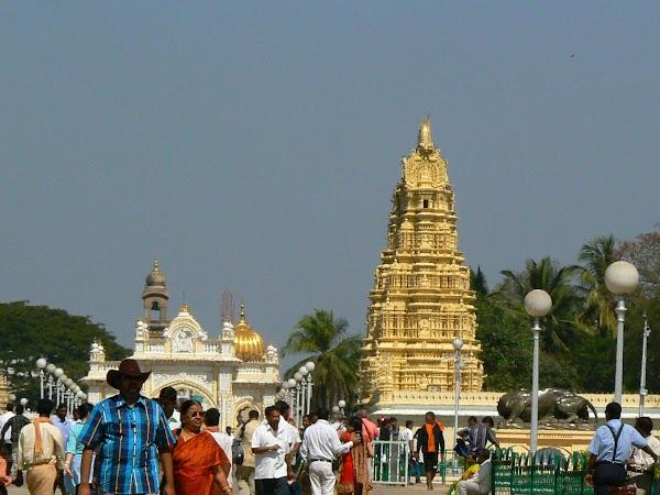 Obiective turistice India: templu hindus Mysore