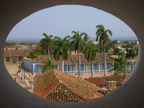 Obiective turistice Cuba:  Plaza Mayor Trinidad.JPG