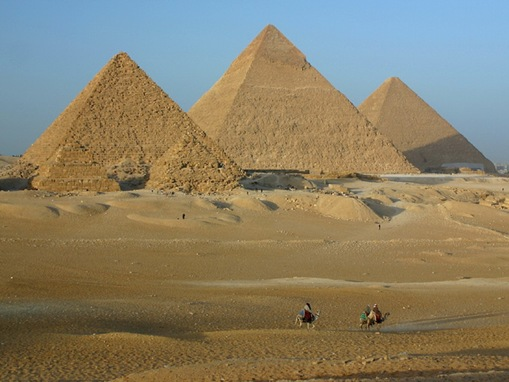 great-pyramids-of-giza_www.wonders-world.com_801