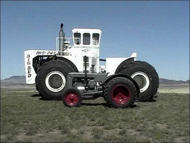 Big Bud 747 tractor 09