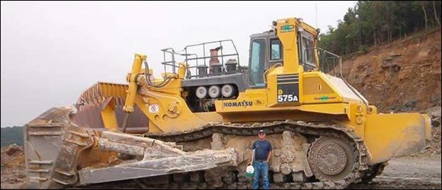 KOMATSU D575A-3SD Bulldozer